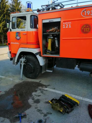 slaganje opreme kamion